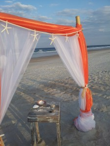 A Spring Break Beach Wedding